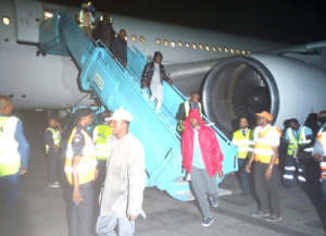 JUST IN: Another 387 Nigerians Return From Libya