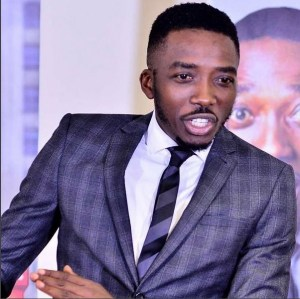 Bovi tells fans who told him to apologise over his divorce jokes to' eat a 4 letter word'