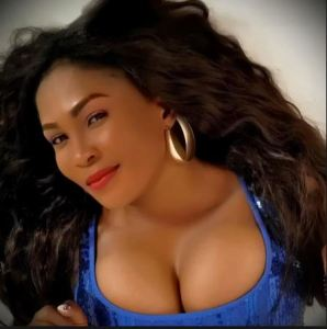 Abuja lesbians are after me – Nollywood actress Ruth Eze cries out