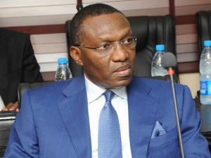 See what APC governorship candidate, Andy Uba did at his campaign rally in Anambra State