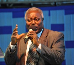 , Pastor Kumuyi sends strong message about the killings in Nigeria (Photo), Effiezy - Top Nigerian News & Entertainment Website