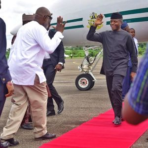 Check out how Governor Akeredolu welcomed Osinbajo at Akure Airport (Photo)