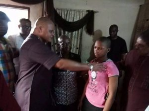 Owerri market killings: Ararume pays victims' bills, gives deceased boy's sister scholarship [Photos]