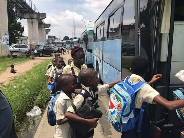 , Free school buses for children in Rivers State (Photos), Effiezy - Top Nigerian News & Entertainment Website