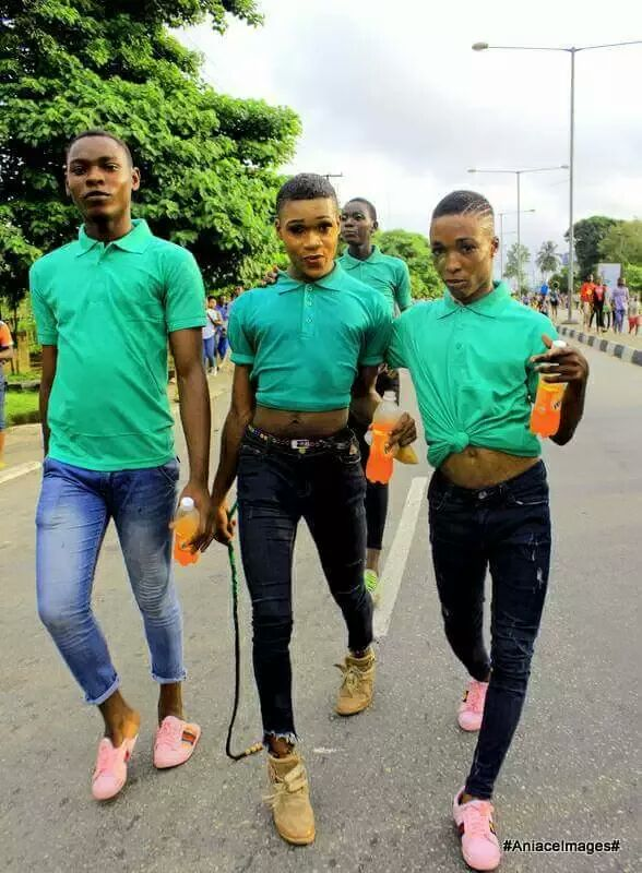""", These Photos Of Four """"Gay"""" Men At 2017 Calabar Carnival Has Got People Talking, Effiezy - Top Nigerian News & Entertainment Website"""