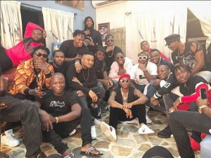 Wizkid Sitting On The Floor With Ycee, Mastercraft, CDQ And Boj (Photo)