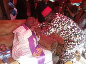 General Overseer Kisses Governor Umahi's Hand Severally At Event (Photos)