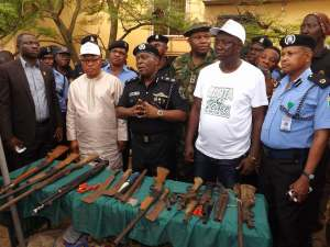 Youths Take Oath In A Shrine After Denouncing Cultism In Lagos (Photos) –