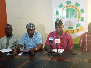 , Polytechnic lecturers to begin nationwide strike November 13, Effiezy - Top Nigerian News & Entertainment Website