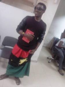 Hardcore Supporter Of Biafra Spotted Wearing Biafran Attire To A Bank In Enugu Today (Photos)