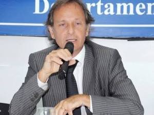 Former Argentine football official commits suicide