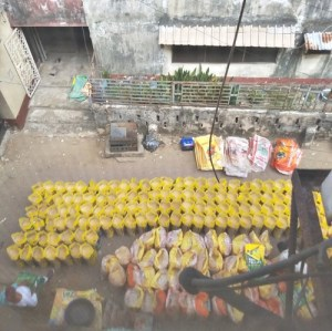 FAKE RICE: Shocking Photos Of Repackaging Of Poor Quality Rice Into Stallion Rice Sack (Photos)