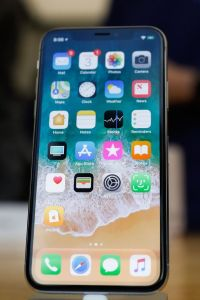 Apple to launch biggest iPhone with giant 6.5inch display