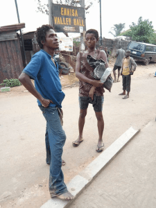 See this mentally ill couple who were stopped from having sex on the street of Aba (Photos)