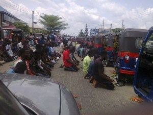 See How Muslims Praying In Bayelsa Blocked A Major Road (Photos)