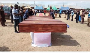 See The Mass Burial Of 24 People Killed By Fulani Herdsmen In Benue (Photos)