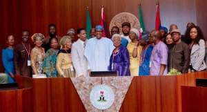 Buhari Receives Martin Luther King Jnr Family Members In Abuja