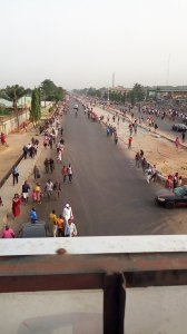 See as Nigerians are trekking because Buhari is visiting Lagos (Photos & Videos)