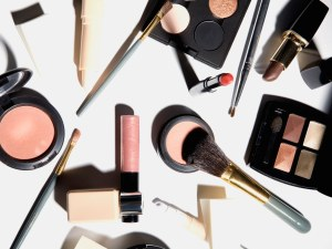 10 Tips To Help You Look Absolutely Beautiful Without Makeup