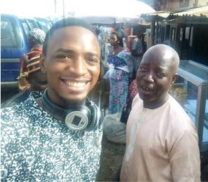 Taxi Driver Returns Passenger's Phone And Money, Rejects N10k Gift From The Passenger (Photos)
