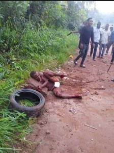 Thief Burnt To Death By Mob In Lagos (Graphic Photos)