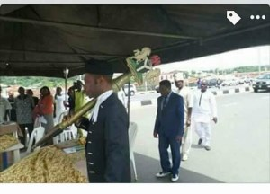 Ekiti House Of Assembly Holds Sittings At The Foot Of Ado-Ekiti Flyover (Photos)