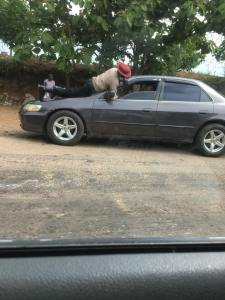 See What A FRSC Officer Did To Stop A Stubborn Driver In Keffi. (Photos)