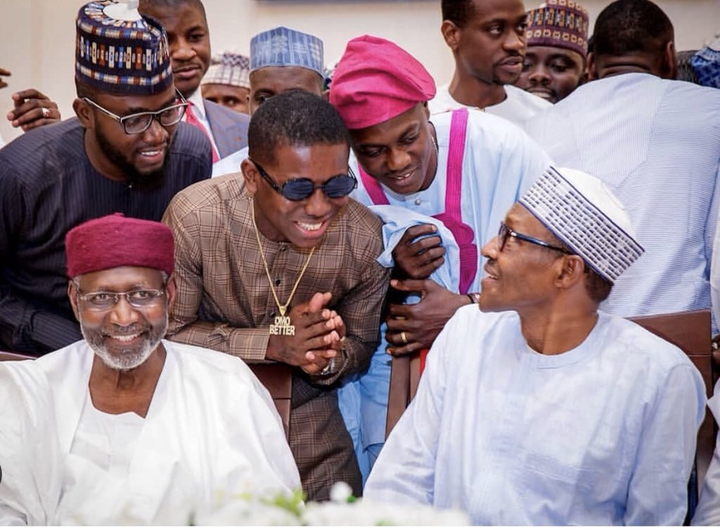 , WOW: Youths Invited To Aso Rock Villa Given N20M Each (Photos), Effiezy - Top Nigerian News & Entertainment Website