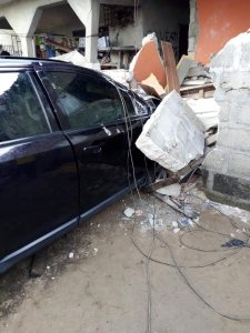 Woman Crashes Her Car Into A Residential Building After Losing Control. (Photos)