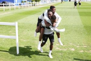 , See as Ndidi Carries Both Musa And Iheanacho On His Back During Training (Photo), Effiezy - Top Nigerian News & Entertainment Website