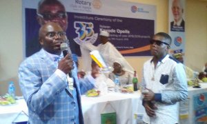 Rotary Club Honours Small Doctor With An Award (Photos)