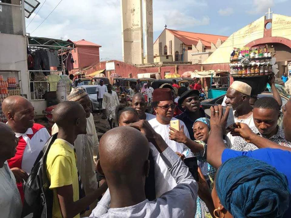 , Shehu Sani Accepts El-Rufai's Challenge, Goes To Kaduna Market Alone (Photos), Effiezy - Top Nigerian News & Entertainment Website