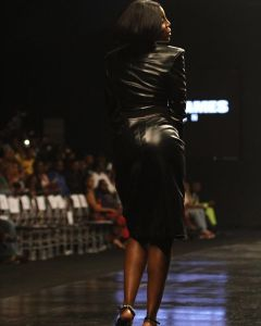 """""""My Booty Looks Great"""" – Seyi Shay Shows Her Backside (Photos)"""