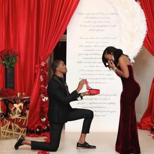Man Proposes To Girlfriend With 6 Rings (photos)