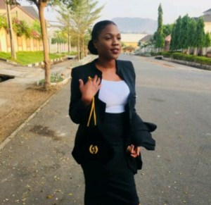 , Lady Becomes A Lawyer Years After She Dressed As One For Her School's Career Day (Photo), Effiezy - Top Nigerian News & Entertainment Website