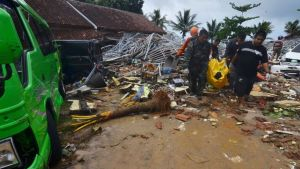 TRAGIC: 222 people killed in Indonesia Tsunami, 843 injured