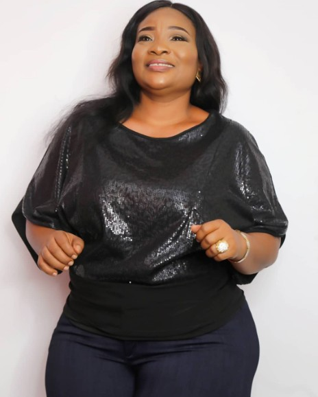 , Lady Searches For A Husband For Her Widowed Mother (Photos), Effiezy - Top Nigerian News & Entertainment Website