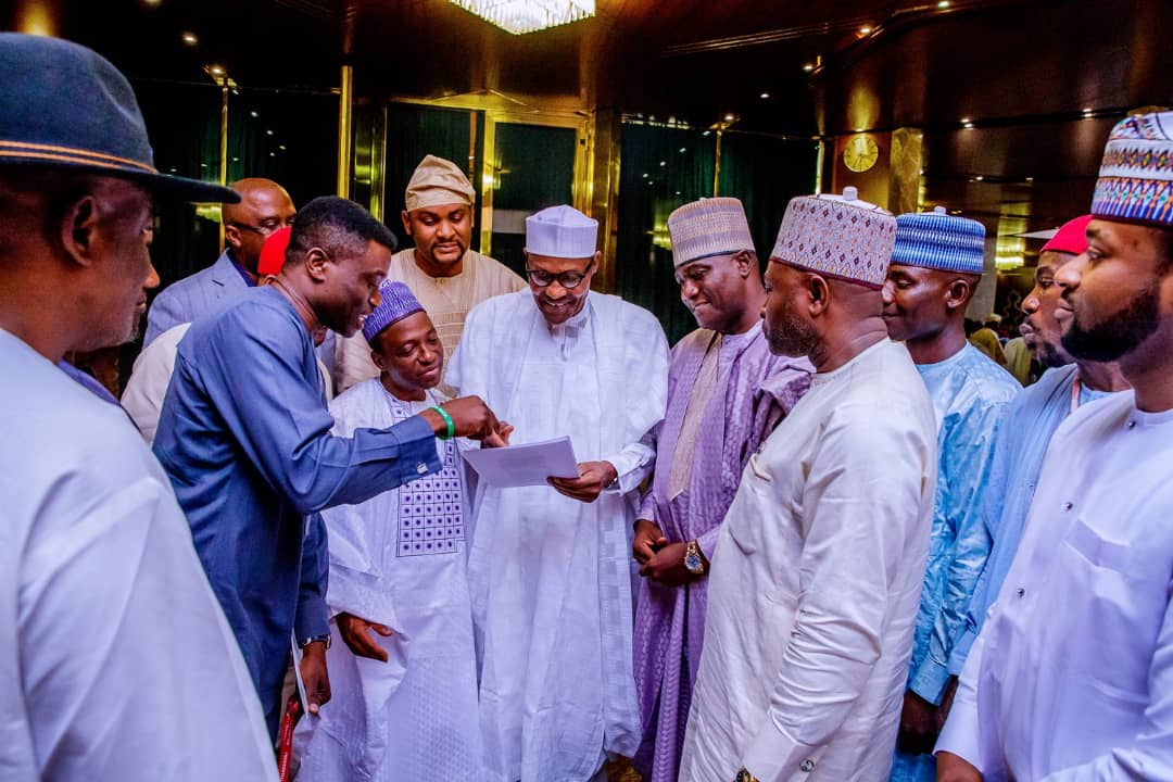 , 12 Presidential Candidates Endorses President Buhari for re-election (Photos), Effiezy - Top Nigerian News & Entertainment Website