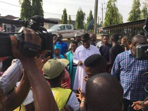 Goodluck Jonathan And Wife Cast Their Votes In Their Polling Unit In Otuoke, Bayelsa (Photos)