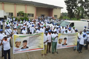 Ex Nigeria Airways staff and pensioners begin rally in support of President Buhari's re-election in Lagos.