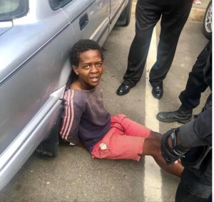 Teenage boy Nabbed By Security Agents While Trying To Steal A Vehicle. (Photos)