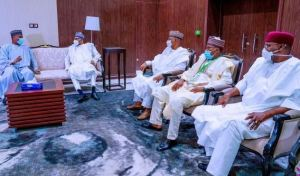 Buhari returns to Nigeria after ECOWAS briefing in Mali.
