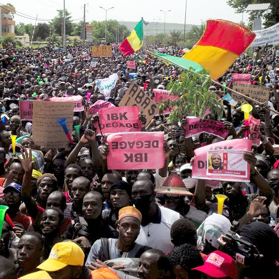 , Mali protest: 3 killed, 74 injured., Effiezy - Top Nigerian News & Entertainment Website