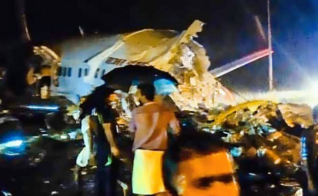 Plane crash: Air India plane breaks in two at Calicut runway, 2 feared dead, several injured