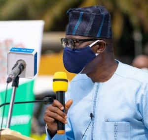 Sanwo-Olu promises to reward teachers with 20 cars