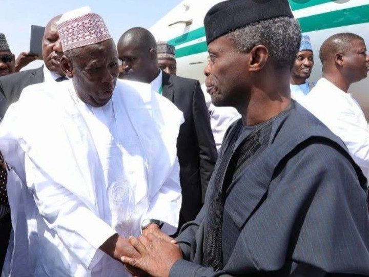 Ganduje briefs Osinbajo on kidnapping and banditry in Kano, Ganduje briefs Osinbajo on kidnapping and banditry in Kano, Effiezy - Top Nigerian News & Entertainment Website