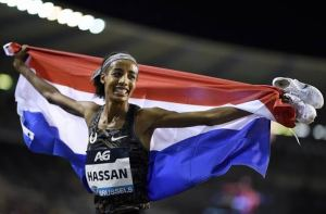 Sifan Hassan smashes world record in women's one hour race