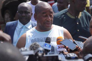 Benue APC Chairman escapes lynching over death of his guard (Photo)