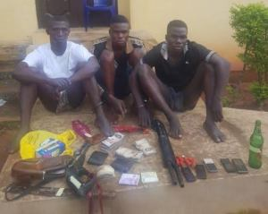 , Anambra police arrest four suspected armed robbers, recover arms, ammunition from them, Effiezy - Top Nigerian News & Entertainment Website