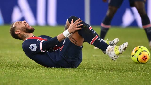 """Neymar's father slams Caen boss Gravelaine after calling his son """"cry baby"""""""